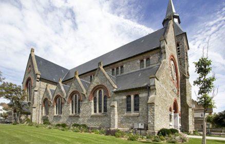 Visite guidée de l'église Saint Jeanne d'Arc